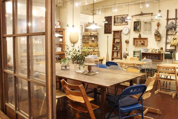 mumokuteki cafe年末年始営業時間