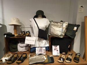 雨の日こそ、コンパクトに身軽に♪/mumokuteki goods&wears京都